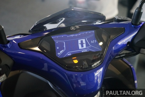 2017-Yamaha-NVX-Aerox-5.jpg