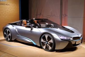 bmw-i8-roadster-2015-spyder-concept-car-of-the-year-award-011