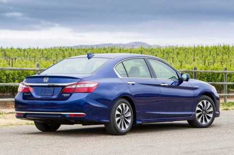 New-Honda-Accord-Hybrid-sedan.jpg