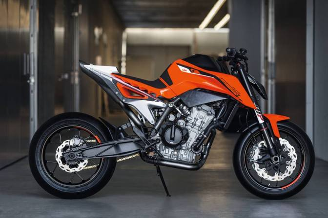 KTM displays 790 Duke concept at the EICMA