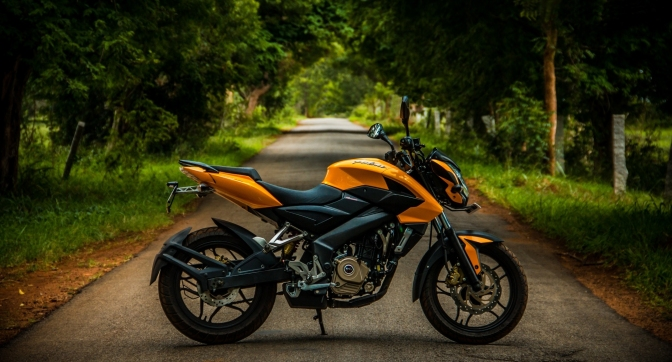 Bajaj to launch the 2017 Pulsar 200 NS in January