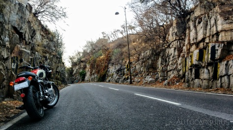 autocargurus-triumph-bonnie-jaipur_51