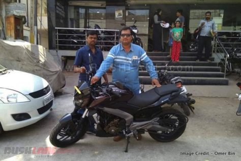 bajaj-dominar-400-deliveries-1-810x541